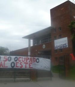 Liceo 50 – Imágenes de la ocupación – 23/03/15