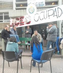 Imágenes de la ocupación del Liceo 19 llevada a cabo por el Núcleo Sindical