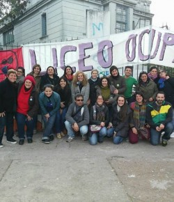 Imágenes de la Ocupación del Liceo 23 llevada a cabo por el Núcleo Sindical
