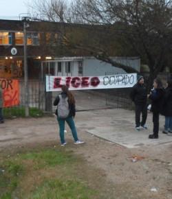 Imágenes de la Ocupación del Liceo 25 llevada a cabo por el Núcleo Sindical
