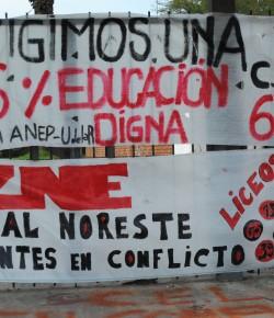 Declaración del Gremio de Estudiantes del Liceo 65 sobre la esencialidad