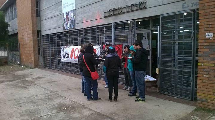 Trabajadores del Liceo N° 40 continuarán con la medida de ocupación