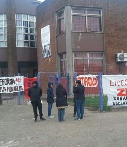 Imágenes de la ocupación del Liceo 41 llevada a cabo por el Núcleo Sindical