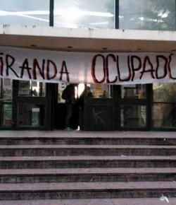 ¡Salú compañeros del Gremio de Estudiantes del Miranda!