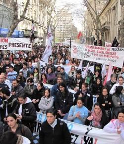 Imágenes de la Concentración de los Sindicatos de la Enseñanza frente al Ministerio de Economía