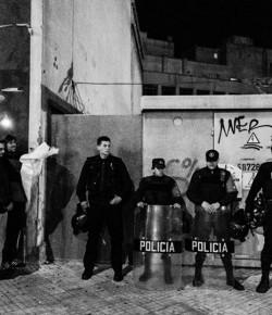 Madrugada del 20 de setiembre: la policía amenaza con sitiar la ocupación del CODICEN