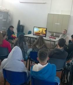 Talleres de Transgénicos y Derechos Humanos en segundo día de ocupación del Liceo Bauzá
