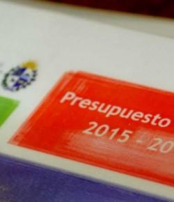 """Pablo Messina: """"Presupuesto: ¿por programas o a destajo?"""" Artículo publicado en Brecha"""