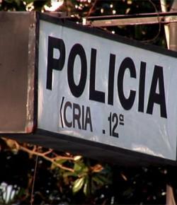 """Angelina De los Santos: """"Control machete"""". Artículo en La Diaria"""
