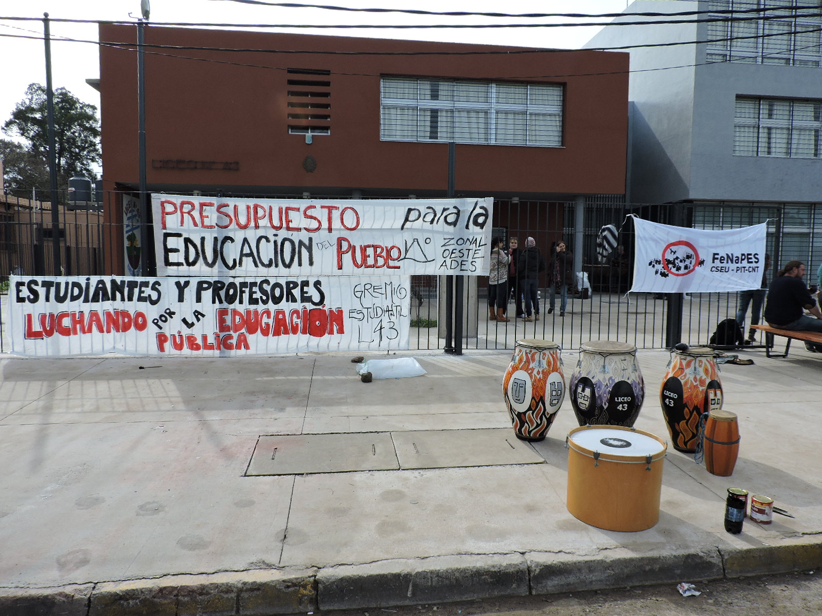 Núcleo Sindical del Liceo N° 43 se movilizará ante la falta de respuestas de las autoridades