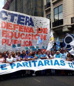 """Argentina: """"Si no hay paritarias, hay conflicto"""""""