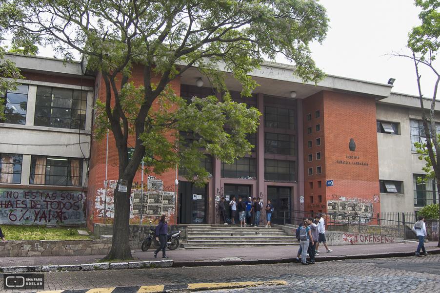 Núcleo sindical del Liceo N° 3 rechaza la presencia de Robert Silva en la institución