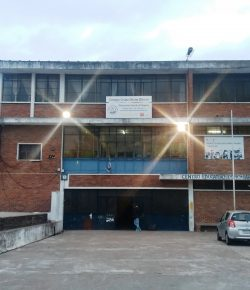 Núcleo Sindical del Liceo 69 denuncia superpoblación, pérdida de espacios, fugas eléctricas y falta de portería