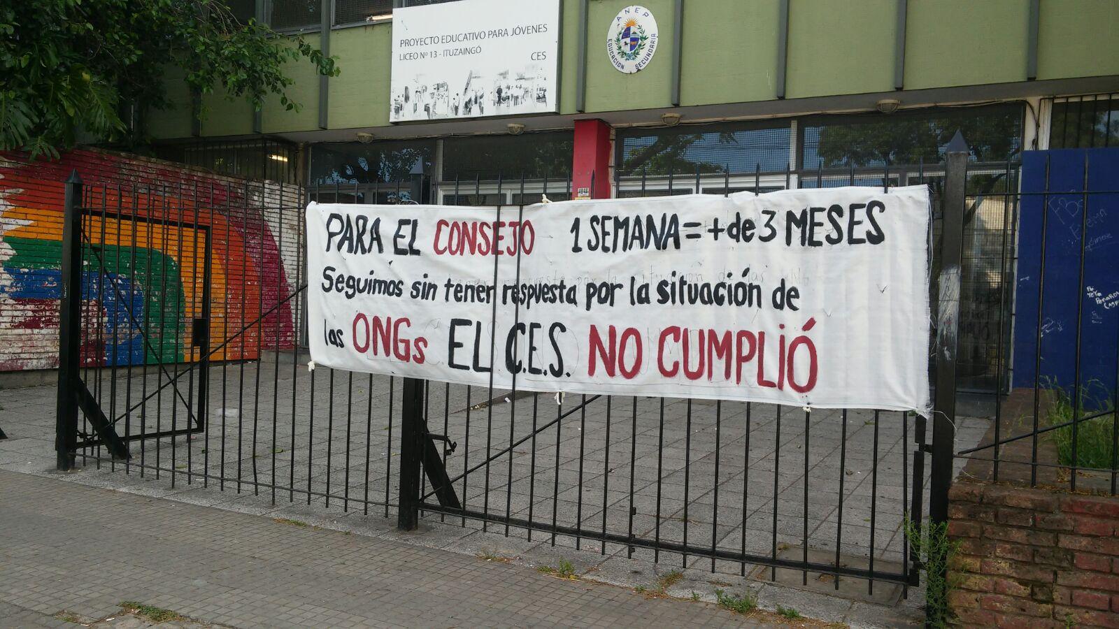 El núcleo sindical del Liceo N° 13 anuncia medidas ante actitud omisa del CES