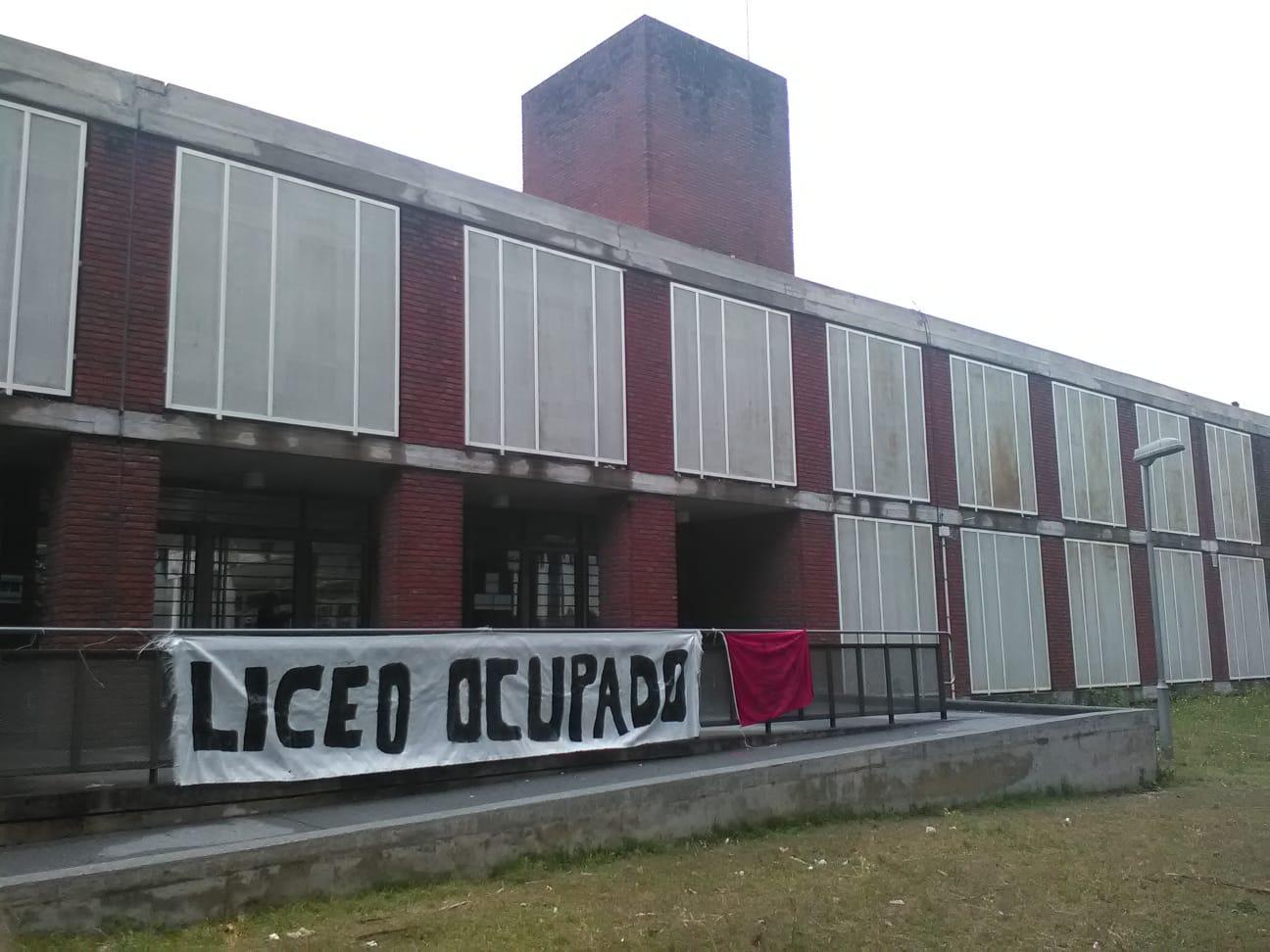 Declaración de ADES Montevideo sobre la situación institucional del Liceo N° 70