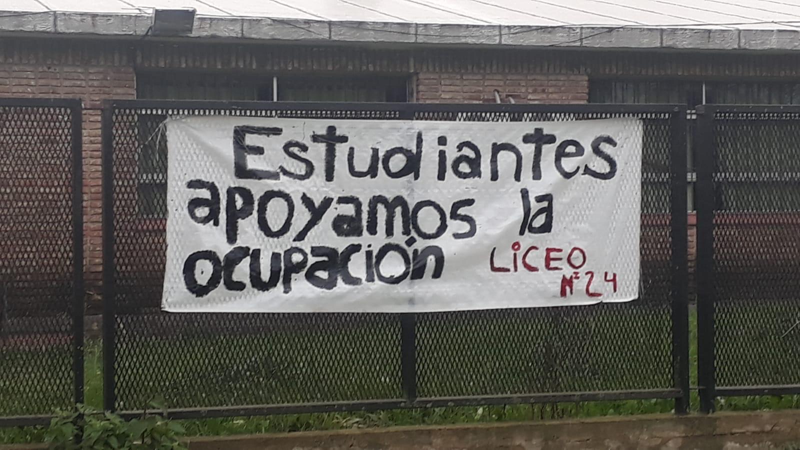 Ante la ausencia de respuestas, el Núcleo sindical del Liceo N° 24 continuará el lunes con la medida de ocupación